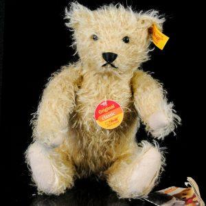 Steiff Classic Bear